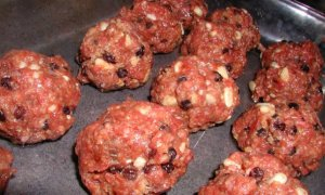 cinnamon raisin meatballs